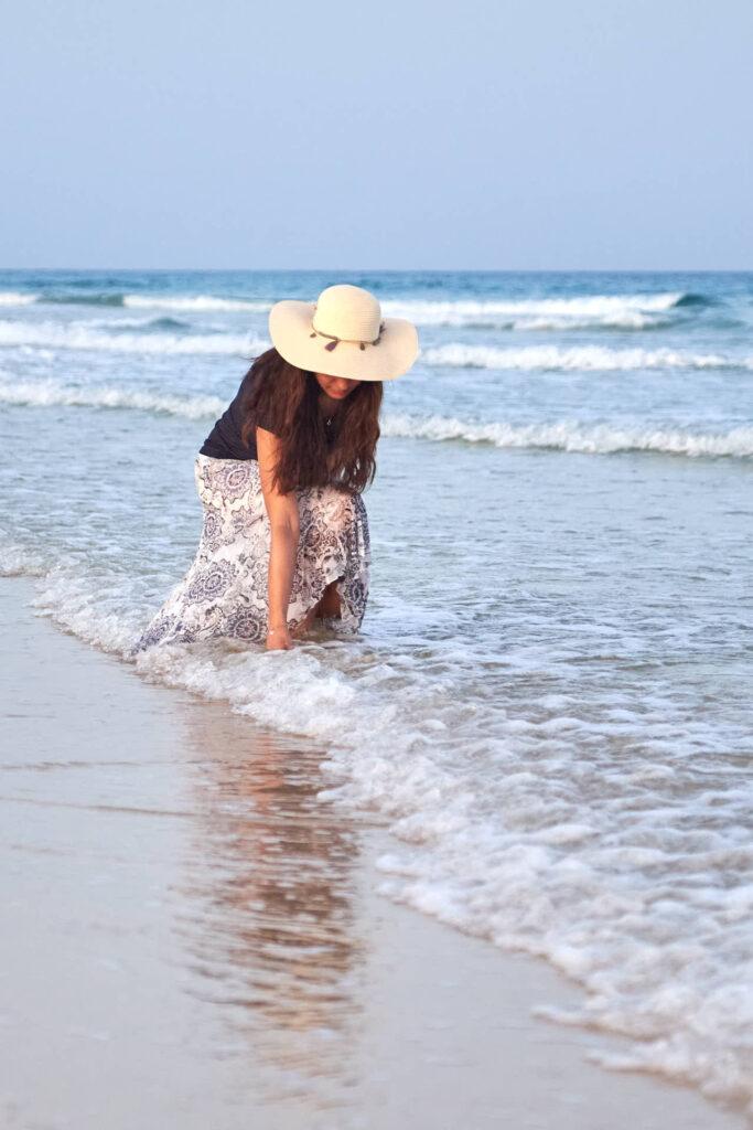 Beim Fotoshooting auf Fuerteventura macht Fotograf Ela & Chris Fotos von einem Paar in Morro Jable an der Playa de Jandia