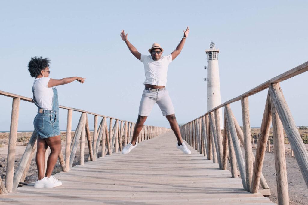 Beim Fotoshooting auf Fuerteventura macht Deutscher Fotograf Ela & Chris Fotos von der Familie in Morro Jable an der Playa de Jandia und Costa Calma